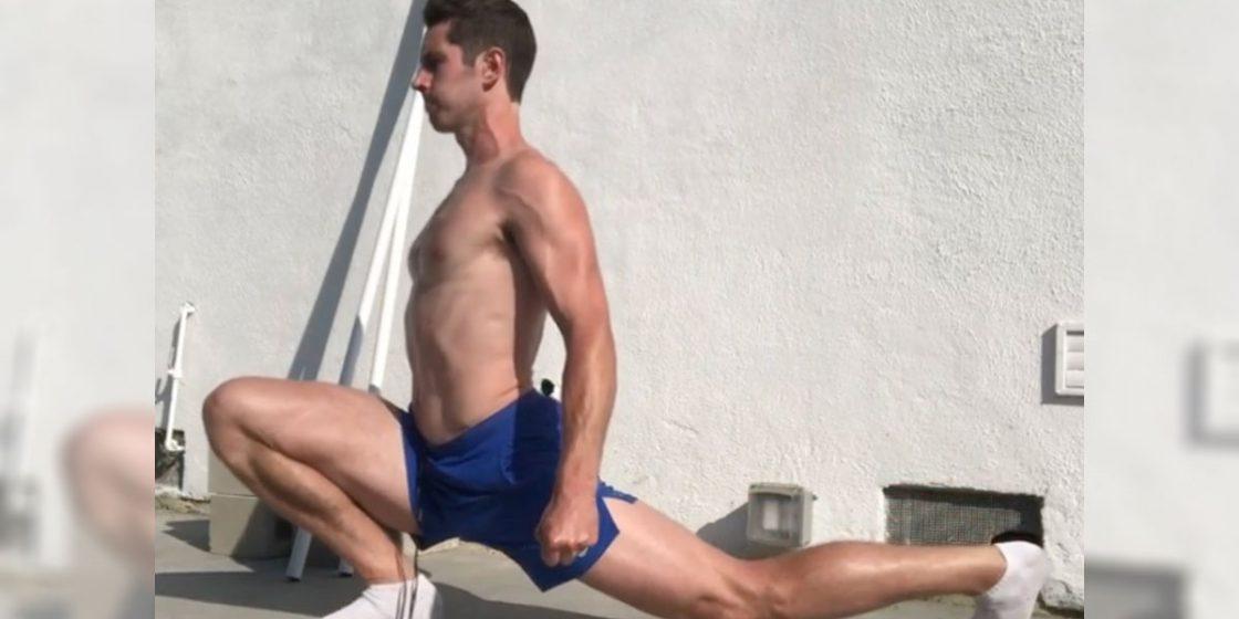 What Does 'Kneesovertoesguy' Think of CrossFit?